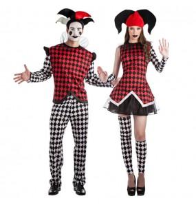 O casal arlequins original e engraçado para se disfraçar com o seu parceiro