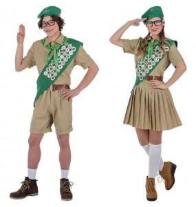 O casal Escoteiros original e engraçado para se disfraçar com o seu parceiro