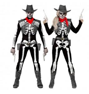 O casal esqueletos cowboy original e engraçado para se disfraçar com o seu parceiro