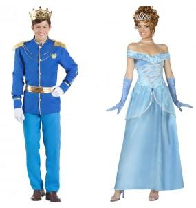 O casal Príncipe Encantado e Princesa Cinderela original e engraçado para se disfraçar com o seu parceiro