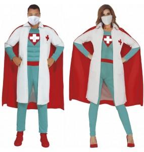 O casal Super Médicos original e engraçado para se disfraçar com o seu parceiro