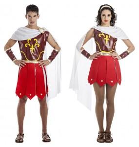 O casal Soldados romanos original e engraçado para se disfraçar com o seu parceiro