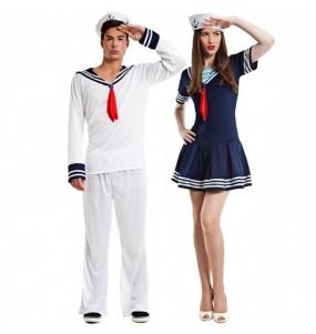 O casal marinheiros cruzeiro original e engraçado para se disfraçar com o seu parceiro