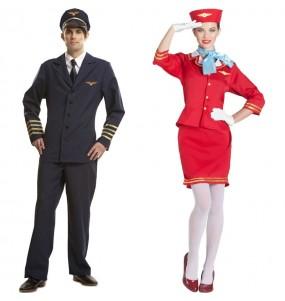 O casal Piloto e Hospedeira de avião original e engraçado para se disfraçar com o seu parceiro