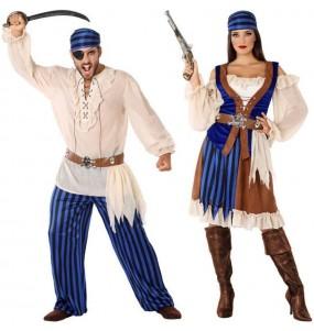 O casal Piratas dos oceanos original e engraçado para se disfraçar com o seu parceiro