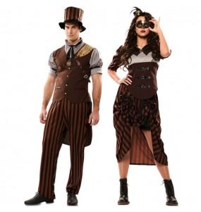 O casal Steampunks góticos original e engraçado para se disfraçar com o seu parceiro
