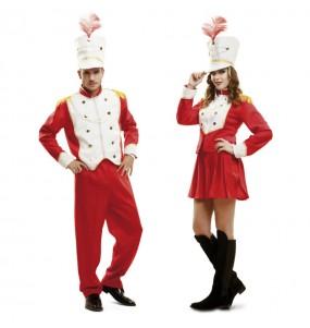 O casal Soldado de Chumbo e Majorette original e engraçado para se disfraçar com o seu parceiro