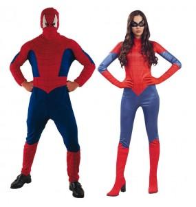 O casal Spidermans original e engraçado para se disfraçar com o seu parceiro