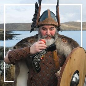 Comprar online os fatos Vikings mais originais para adultos e crianças